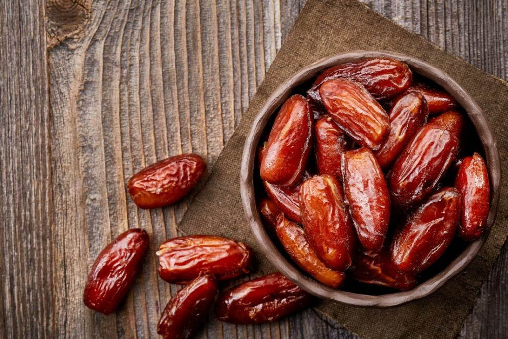 15 Reasons Why You Should Eat Dates